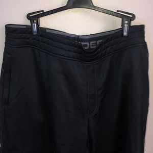 XL Mens Ander armour black shorts new with tags